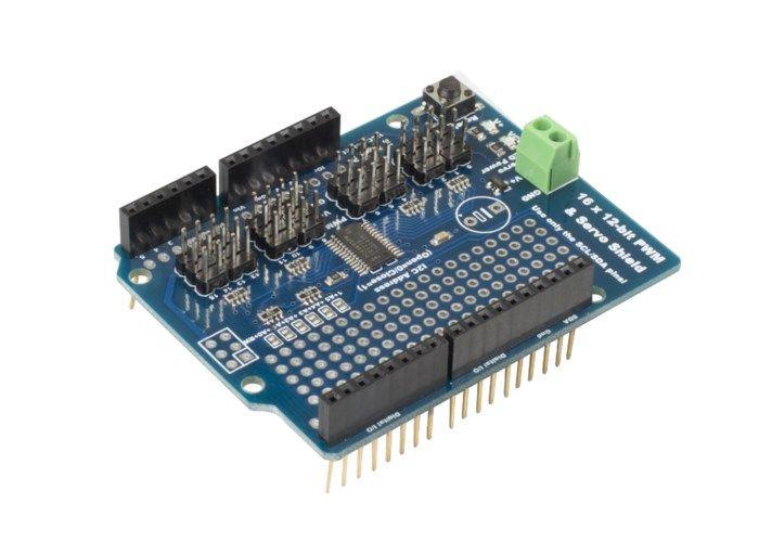 Servo-shield för Arduino