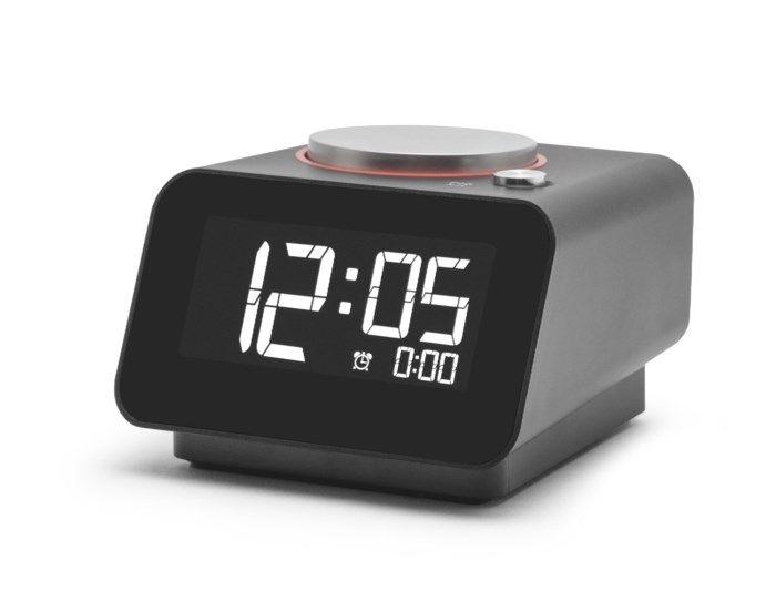 Väckarklocka med USB-portar Svart