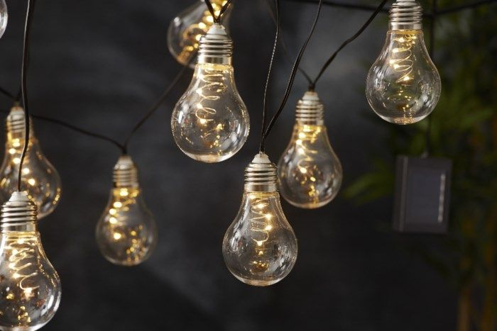 Solcellsdriven ljusslinga 10 LED-glober Varmvit